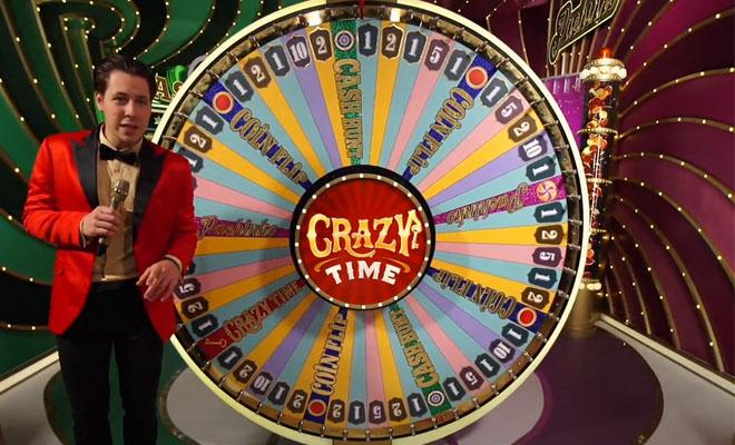 Crazy Time pelissä on aina paikalla oikea juontaja